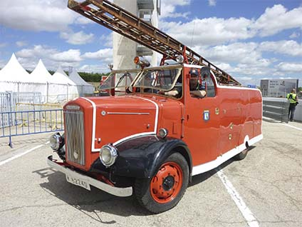 ClassicAuto 2015  Camion Dennis 1949 bomberos