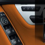 interior-plastic-paint-orange-sprayr